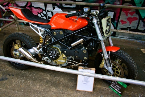 Shed-X's Ducati 749 flat tracker. Perfect.