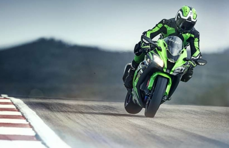 """""""a fast bike on track is an easy bike to ride"""" according to the new ZX10's development leader."""