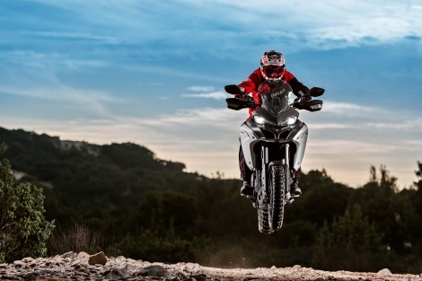 200mm of suspension travel means that the 1200 Enduro can do this more than once.