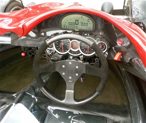 Motec data logging dash strangely teamed with what looks like a Suzuki Hayabusa instrument cluster. Presumably the only set of gauges Quantum could find with a 10,000+rpm rev counter.