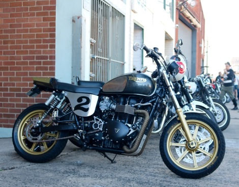 Extended swingarm and custom side covers set this Bonne' off.